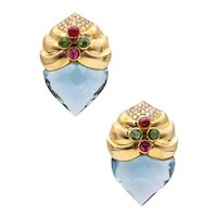 Baten modernist earrings in 18 kt yellow gold with 37.3 Cts in diamonds and gemstones