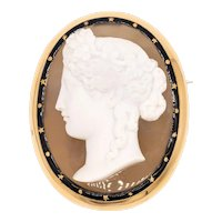 Austrian 1870 Vienna carved agate cameo of Heba in 18 kt yellow gold with enamel