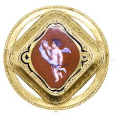 Victorian era 1850 British colorful round pendant brooch in 18 kt yellow gold with enameled Putti
