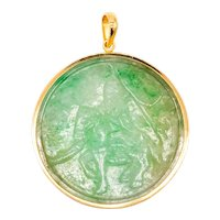Gia Certified Jadeite Green Jade pendant in 18 kt yellow gold with 102.27 Cts Gemstone