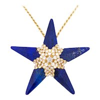 French 1950 Paris 18 kt gold Star pendant-brooch with 4.62 cts in diamonds and lapis lazuli