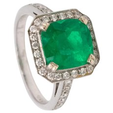 Gia Certified  2.74 Cts Muzo Colombian emerald & diamonds ring in 18 kt white gold