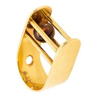 Yael Sonia Brazil kinetic sculptural ring in 18 kt yellow gold with white quartz