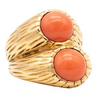 Cartier Paris 1950 very rare Toi et Moi ring in 18 kt yellow gold with corals