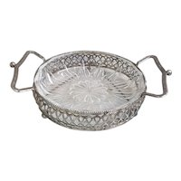 Beautiful vintage silver toned metal and glass Bon Bon tray