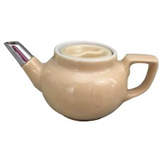 Beige Hall personal tea pot with chrome spout