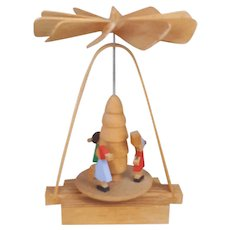 German Folkart mini pyramid RG made in Germany