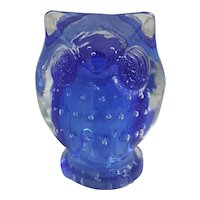 Beautiful blue art glass Owl paperweight