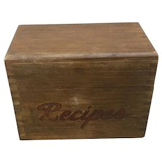 Vintage wooden recipe box, Woodcroftery dovetailed recipe box