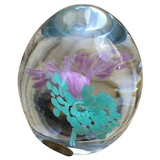 Handmade from Sweden Granna Glashytta glass paperweight