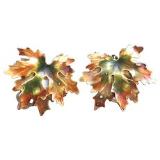 Vintage Weiss Enamel Autumn Sugar Maple Leaf earrings