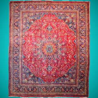 1970's 10' x 13' Old Design Traditional Red Persian Authentic Handmade Sarouk Rug