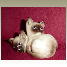 Beswick Seal Point Siamese Kittens Curled Together