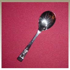 Beautiful Sheffield England Silverplated Condiment Spoon