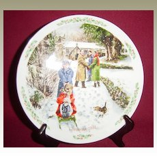 Royal Doulton Christmas 1992 'Going to Church' Collector Plate