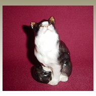 Royal Doulton HN 999 Black and White Persian Cat Seated