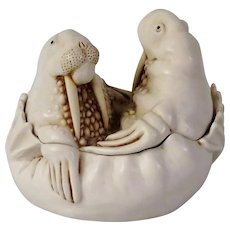 Harmony Kingdom Large Treasure Jest Walrus Box Figurine Tea For Two