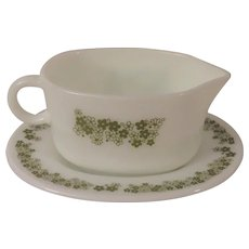 Corning Pyrex Crazy Daisy or Spring Blossom Gravy Boat Matches Corelle