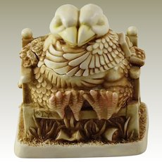 Harmony Kingdom Beak to Beak Small Treasure Jest Box Figurine with Love Birds