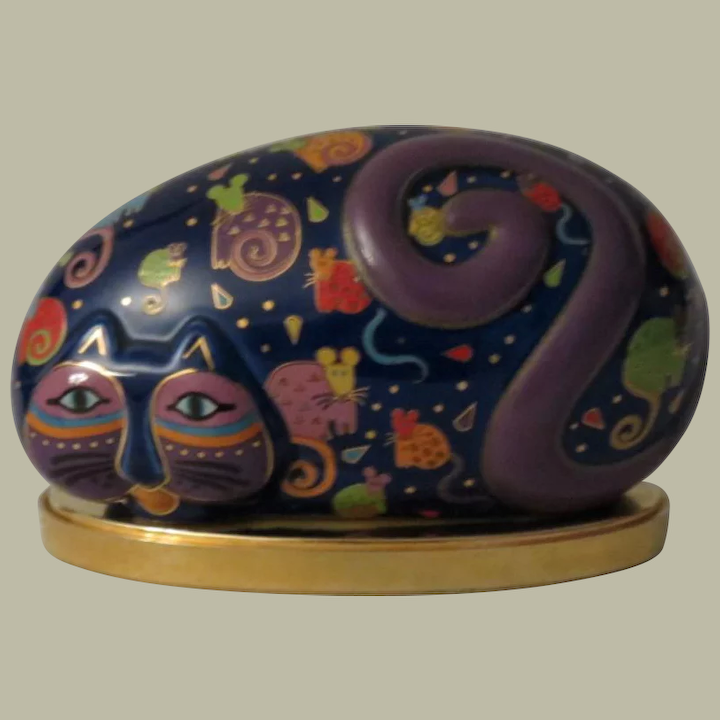 Laurel Burch Reclining Cat And Mouse Rock Shaped Cat Figurine With Alley Cat Lane Antiques And Collectibles Ruby Lane
