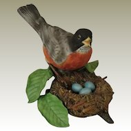 Lenox Porcelain Garden Birds American Robin Figurine with Nest and Eggs