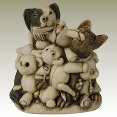 Harmony Kingdom Perished Teddies (now called Petty  Teddies) Treasure Jest Box Figurine