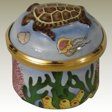 Tiny Halcyon Days Sea Turtle Bonbonniere Enamel Box