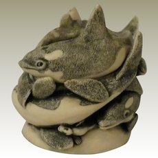 Harmony Kingdom Treasure Jest Whale of a Time Box Figurine
