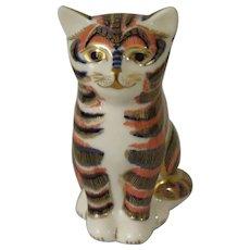 Royal Crown Derby Imari Style Kitten Paperweight