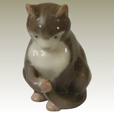 Bing and Grondahl  Kitten Sitting Porcelain Cat Figurine Model #1553