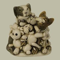Harmony Kingdom Perished Teddies Treasure Jest Box Figurine Infinity Version aka Petty  Teddies