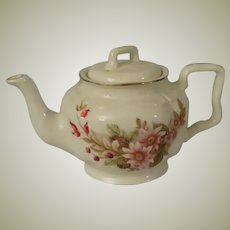 Arthur Wood Teapot with Pink Daisies, Pine Cones and Red Berries c 1967
