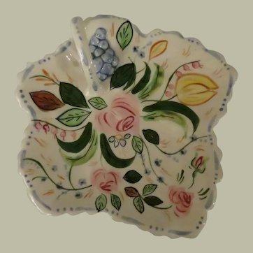 Southern Potteries Blue Ridge Verna Maple Leaf Cake Tray