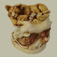 Harmony Kingdom Faux Paw Treasure Jest Box Figurine with Lions and an Antelope