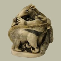 Harmony Kingdom Antipasto Small Treasure Jest Box Figurine with Anteaters