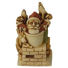Harmony Kingdom Something's Gotta Give Treasure Jest Box Figurine with Santa