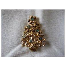 Vintage Aurora Borealis Rhinestone Christmas Tree Pin