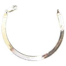 "14K Yellow Gold Herringbone Chain Bracelet 7"" Length"