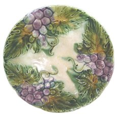 "Majolica Round 8 1/2"" Plate with Grapes and Leaves"