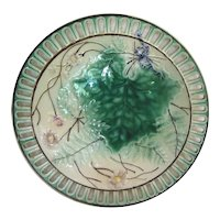 "Majolica 8"" Round Plate with Grape Leaf and Ferns and Open-Work Border"