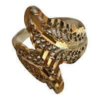 14K Gold Swirl Bypass Filigree Ring