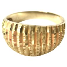 14K Yellow Gold  Ring Striped Dome