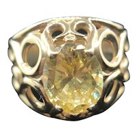 14K Yellow Gold Ring with Oval Pale Lemon Citrine Gemstone