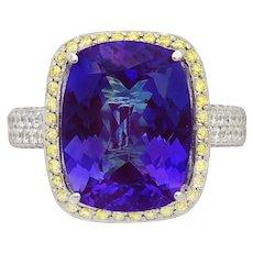 18 White gold Tanzanite and Diamond Ring