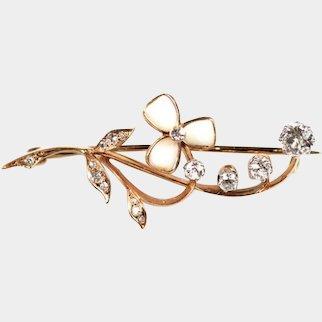 Brooch flower - gold, diamonds, platinum , total dimanate 0.67 ct.