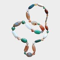 Vintage necklace made of semi-precious stones
