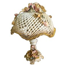 """Capodimonte lamp with Basket weave or """"spaghetti"""" style shade"""