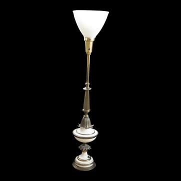 Vintage Hollywood Regency Stiffel Brass and Porcelain Lamp