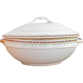 Ironstone Tureen, Bowl With Lid, White tureen with flowers