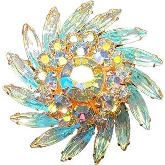 Stunning Judy Lee Blue Aurora Borealis Pin Wheel Gold Tone Brooches